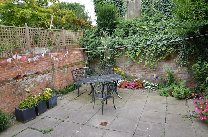 Ground floor 2 bed apartment - Winchester - Appartement