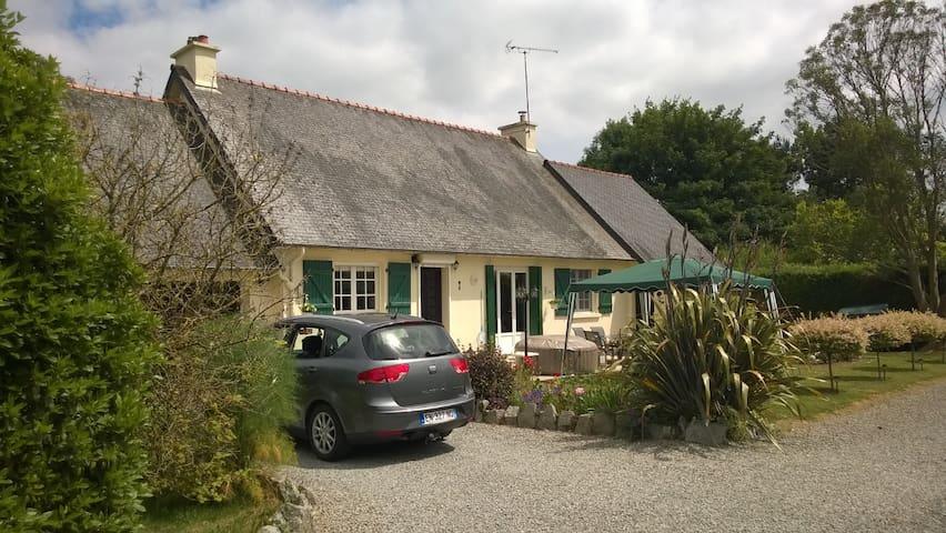 La Belle Annette-  in the heart of Brittany.