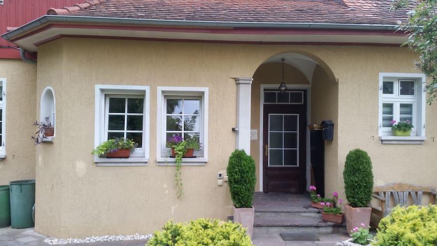 Villa Kugel in schöner Lage ! NEU seit 06.2016 - Tettnang - Appartamento