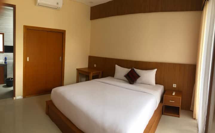 Comfy room w/ pool in Canggu #2