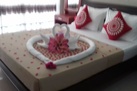 Hotel Elephant Bay Pinnawala