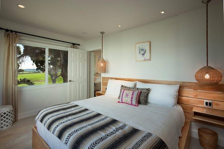 Blue Sands Inn King Oceanview Upstairs