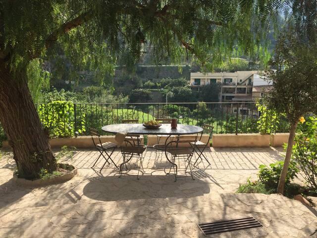 Terrasse (vue 1)