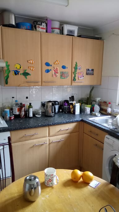 Shared kitchen - full range of utensils and cooking equipment. Help yourself to tea and coffee!