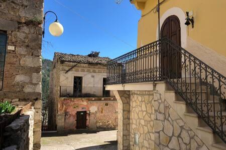 Casa rustica a Cansano