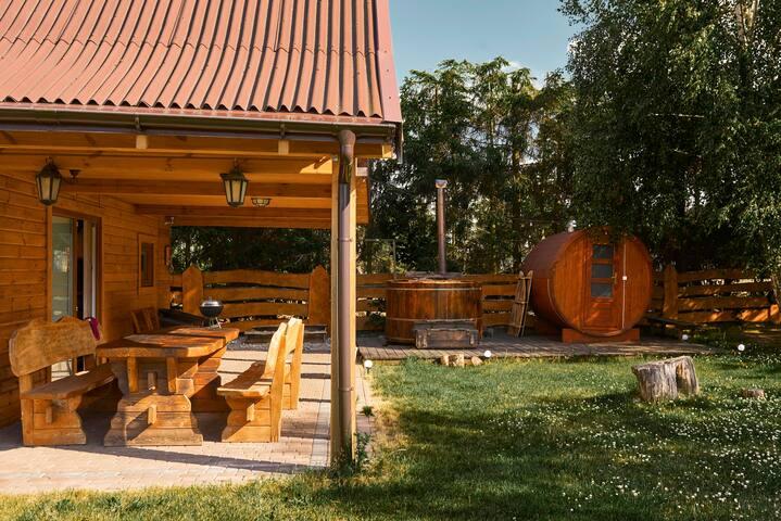 Biker's House - balia i sauna, domek nad jeziorem