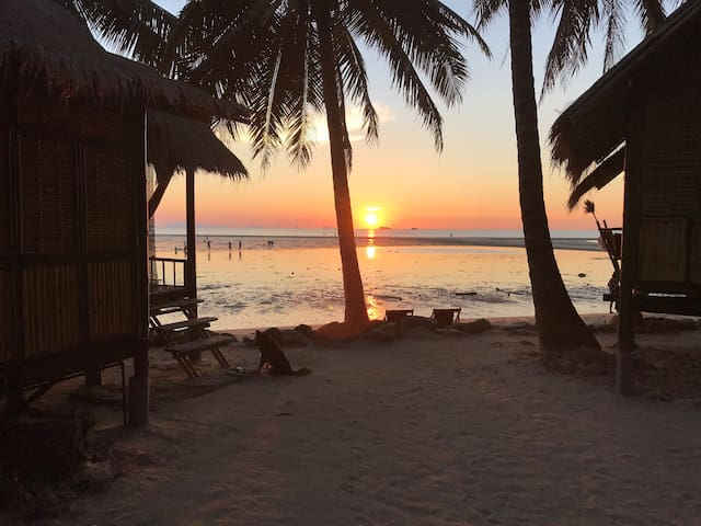 Castaway Beach Bungalows 2 - Amazing Sunsets!