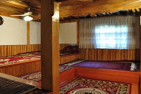 Beautiful Traditional House - Khorog - Maison