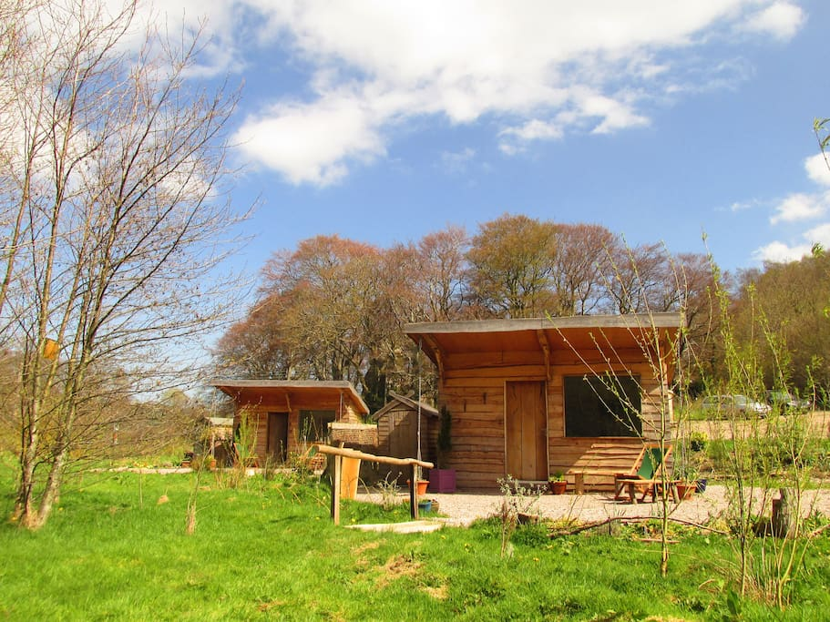 The cabins conwy caban pen y gaer tiny houses for rent for Castle haven cabins