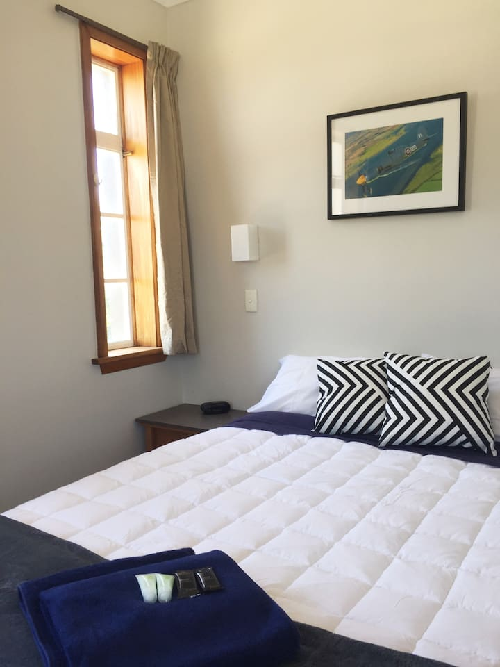 Room 22- suitable for up to 2 guests