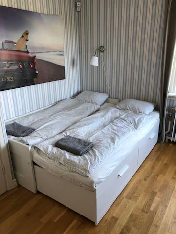 Bedroom 2 floor