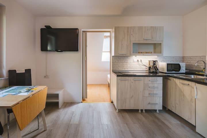 Apartment Budget live