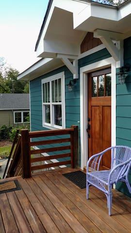YaYa's  Little Loft - a Lowcountry Bold Renovation