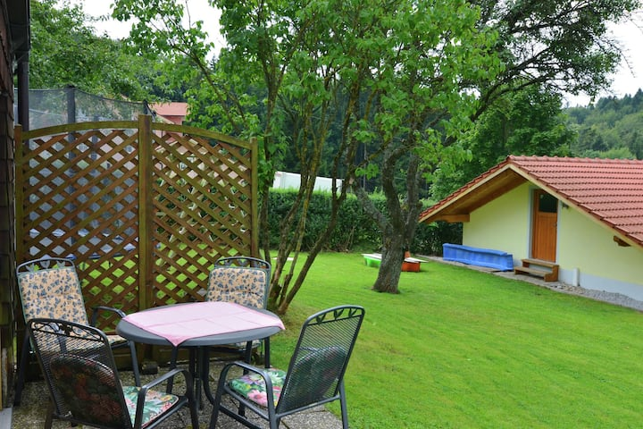 Cosy holiday home - large garden, close to the city of Passau and Austria
