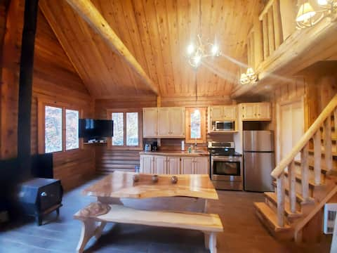 Rustic and Luxurious Solid Round Wood Cottage