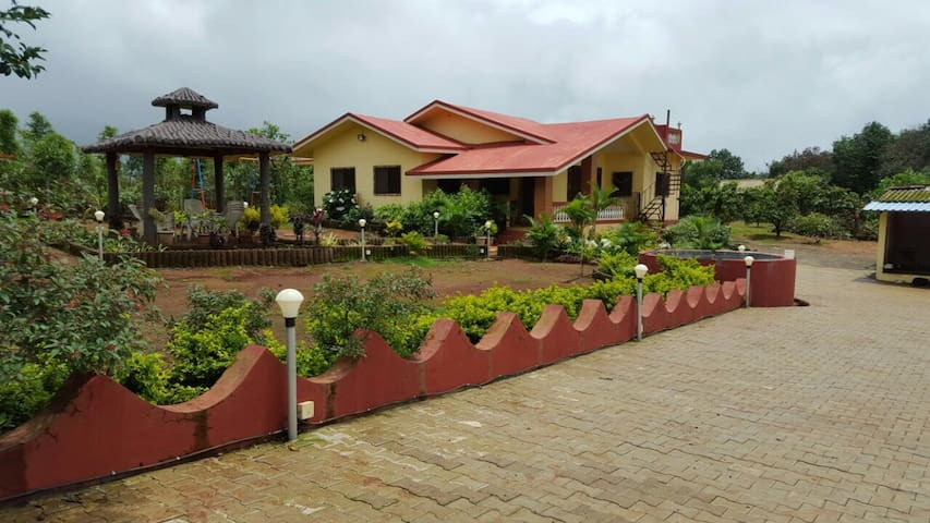 Hill top home nr amby valley - Lonavala - Hus