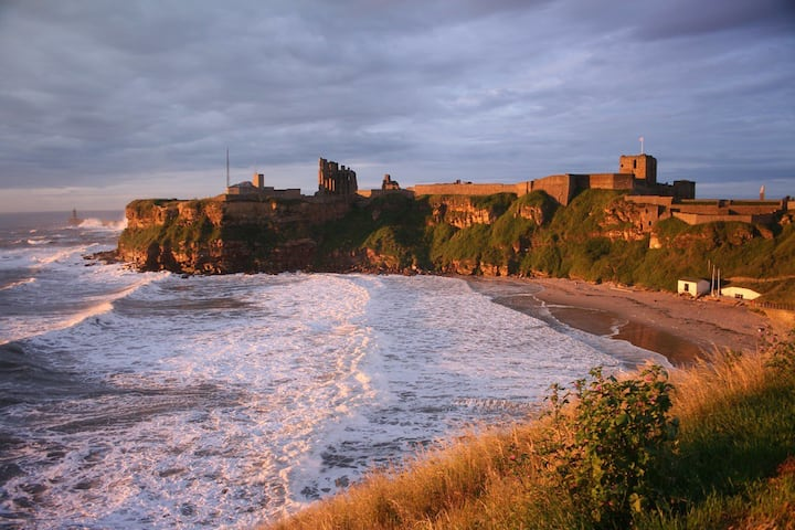 Tynemouth Coastal village Apartment-3min to centre