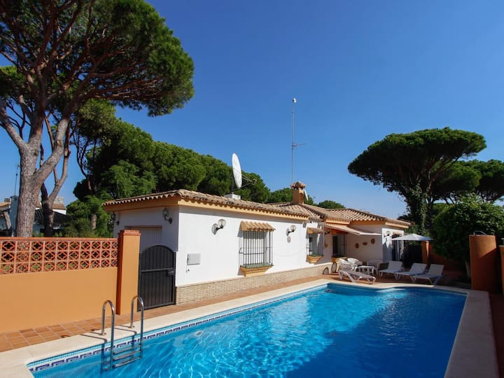 Villa Roche - Very comfortable villa with pool and beautiful garden