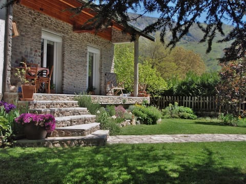 Cabcamp BioBnB-Yoga, Plateau de Beille, Ariège