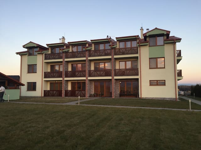 Mountain view apartment-golf course - Veľká Lomnica - Departamento