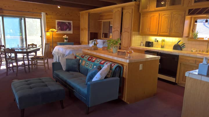 Running Horse Ranch Guest House in Descanso