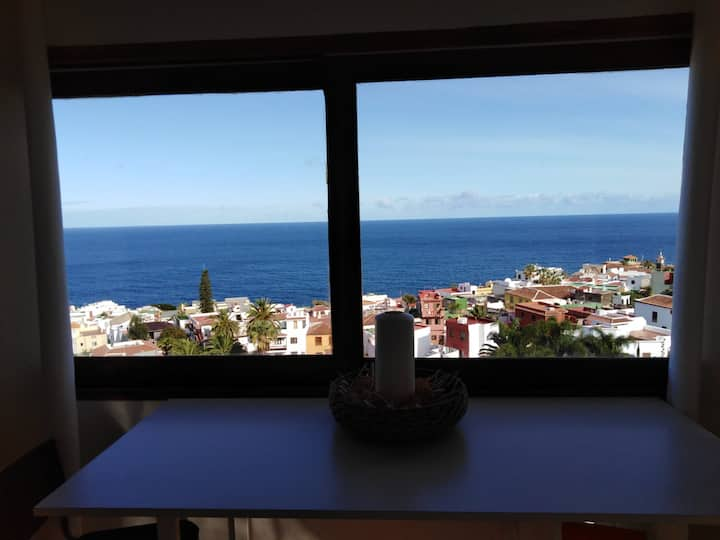San Juan de la Rambla with unbeatable ocean view