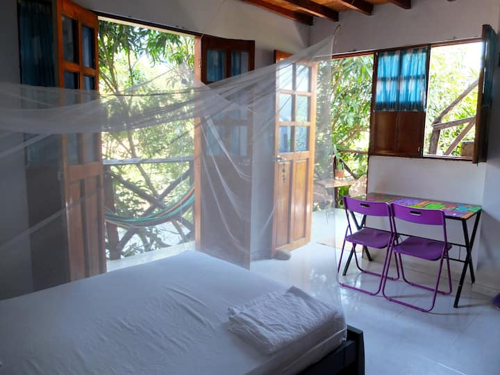 Private Studio Apartment - Casa Surf Mar Azul