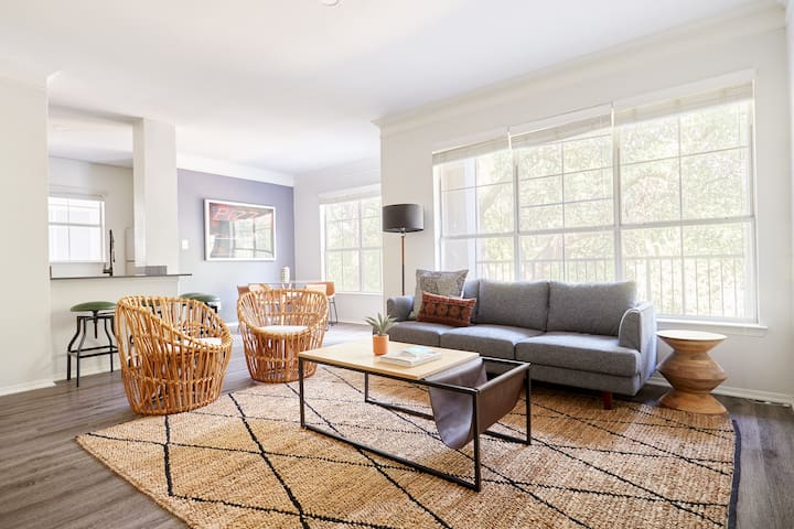 Sonder | South Congress | Beautiful 3BR + Balcony