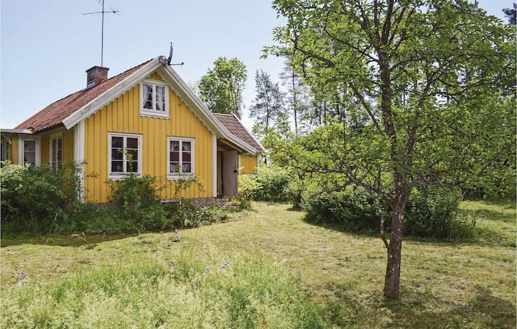Former farm house with 3 bedrooms on 50m² in Torsås