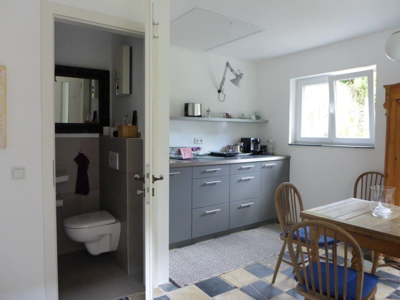 Kleines Haus im blauen Garten - Wohnungen zur Miete in Oberhausen ...