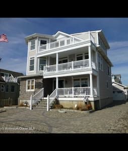Ocean View 4 Story Home - Seaside Park - Hus