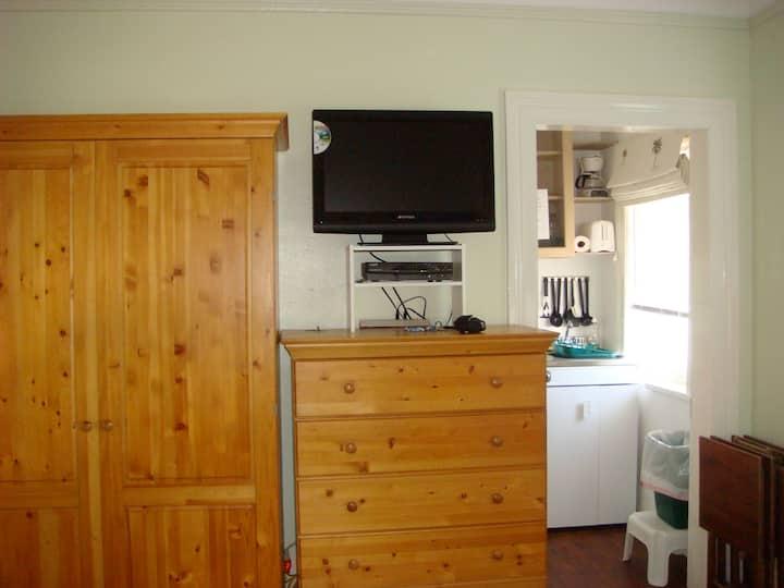 Crathie Cottage - cozy studio close to town