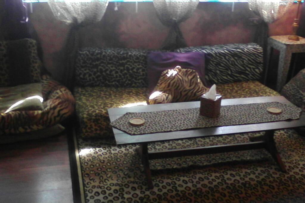 Sitting area/floor mattress