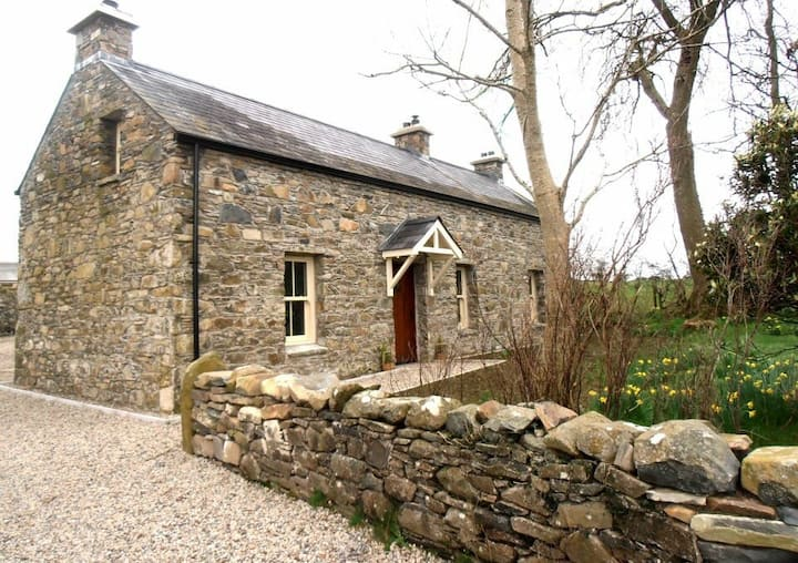 Late & Early Cottage