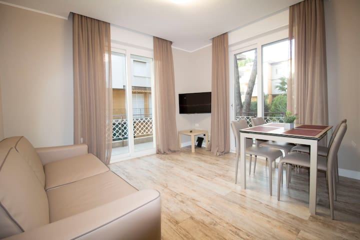 Apartment B-Robinia residence Bordighera