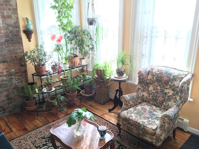 Prospect Garden Suite