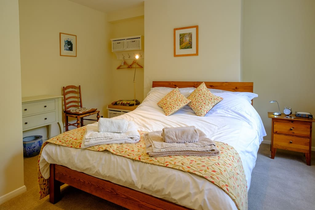 Bedroom 1 - double room