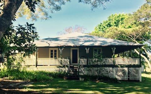 Historic Homestead on a working Tea Tree Farm.