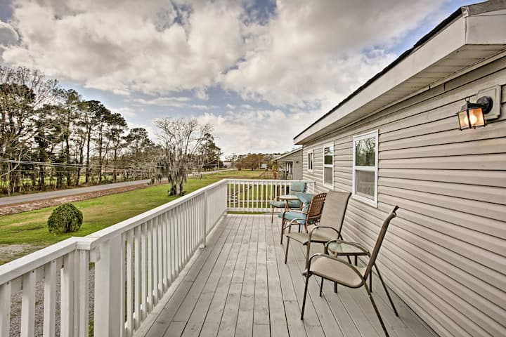 Cozy Apt on Bayou Dularge w/70 Acres & Boat Launch