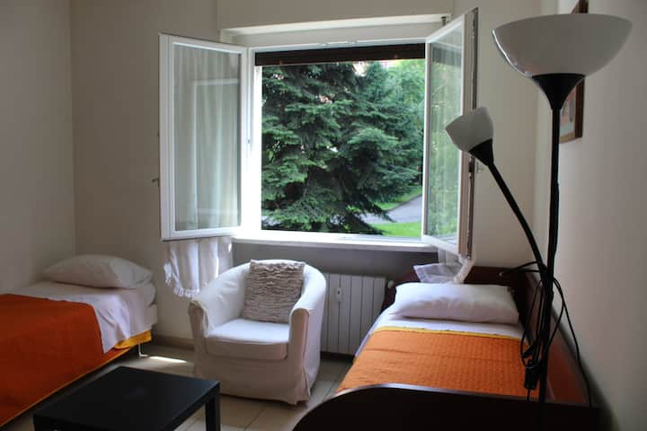 Simple & Comfortable apartment vicino POLICLINICO