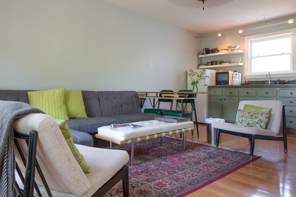 Treetop Guest Apartment Guesthouses For Rent In Chico California United States
