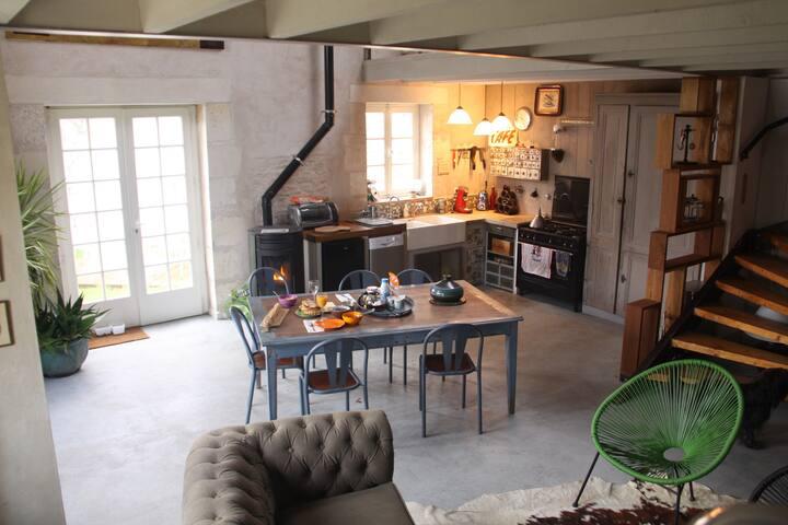 Maison de charme typique Charentais - Moëze - House