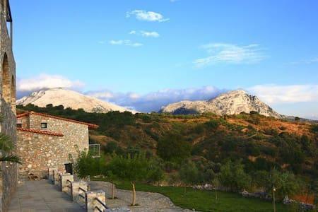 Villa Manousaki - Lampini