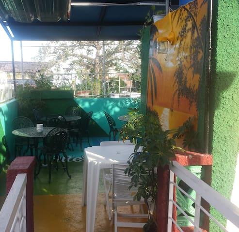 Bar-Terraza-Restaurant