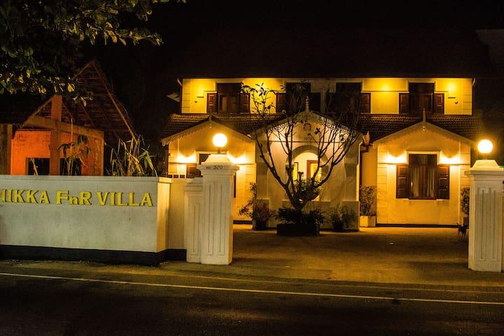 front view of hikka FnR Villa