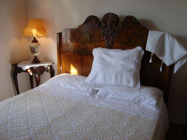 BEDANDBREAKFAST LA VILLA VIA ROMA 36 ROMANTICO - Amelia - Bed & Breakfast