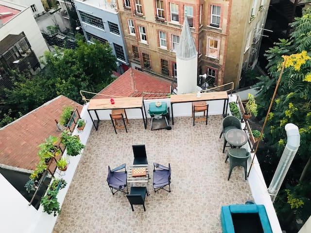 Galata Studio Terrace Apartment