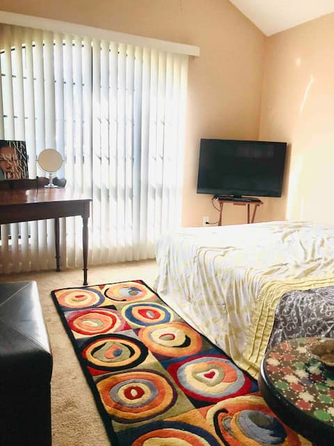 Very relaxing Comfortable room close to Nashville