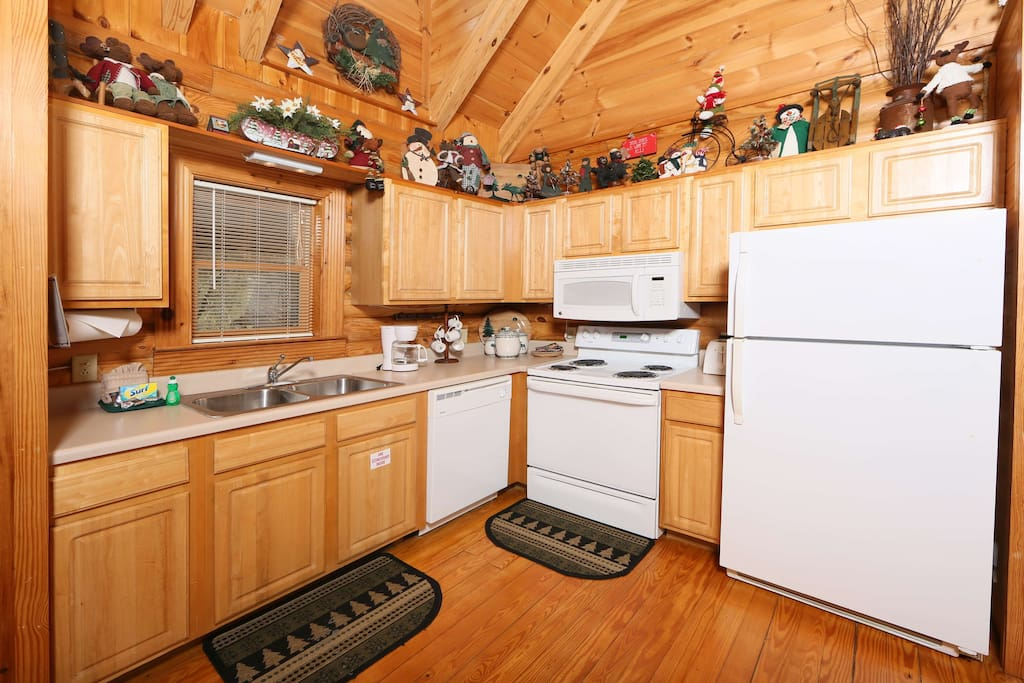 Smoky Cascades-Kitchen