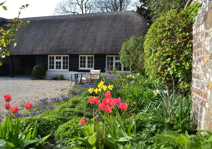 The Barn at Holly Lodge - West Overton - Tatil evi